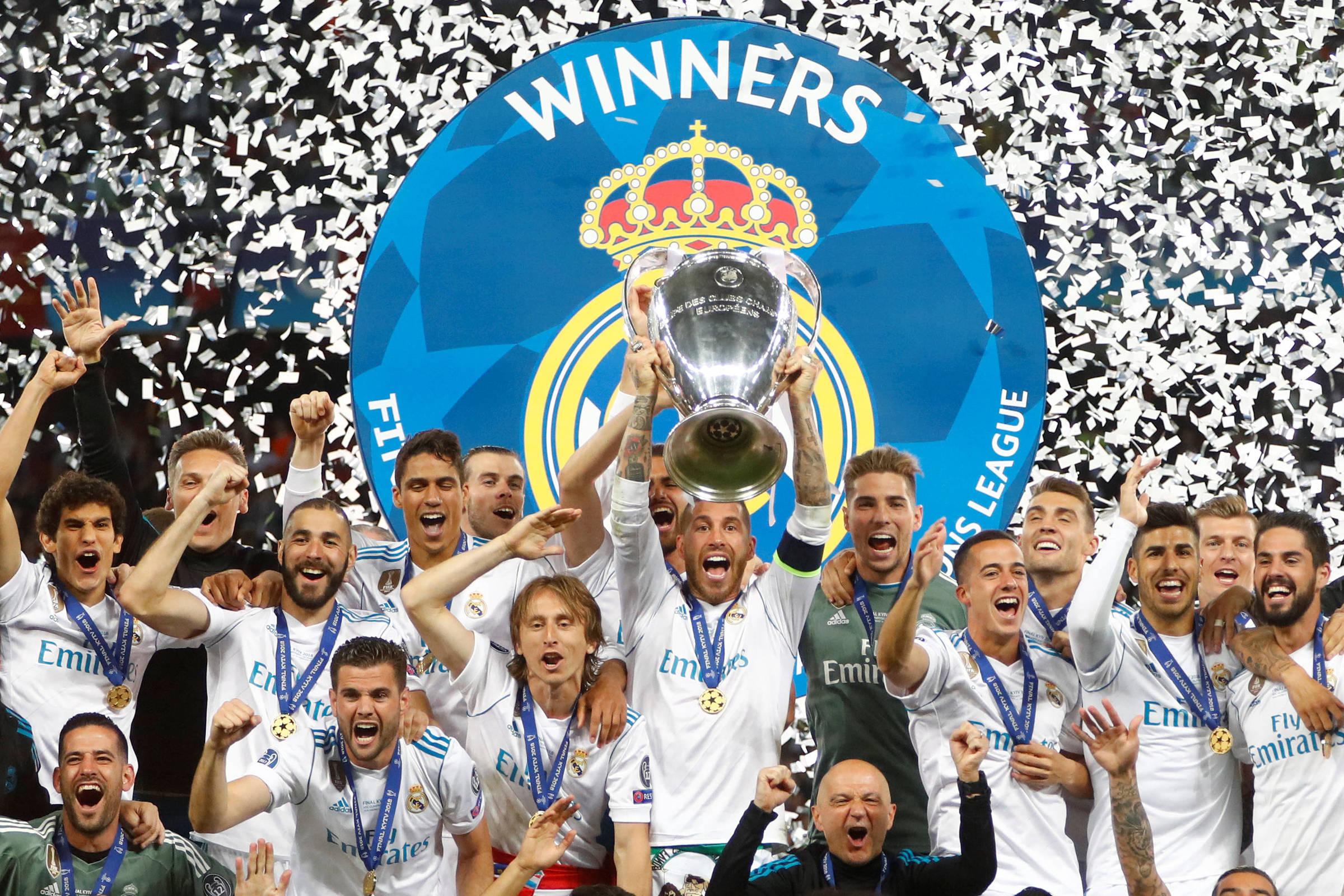 Real Madrid derrota Liverpool e ganha Liga dos Campeões pela 3ª vez seguida  - 26 05 2018 - Esporte - Folha c0bdb900724fc