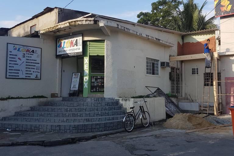 Escritório do advogado Nythalmar Filho, 28, em Campo Grande, bairro pobre da zona oeste do Rio, que defende empresários na Lava Jato (Italo Nogueira/Folhapress)