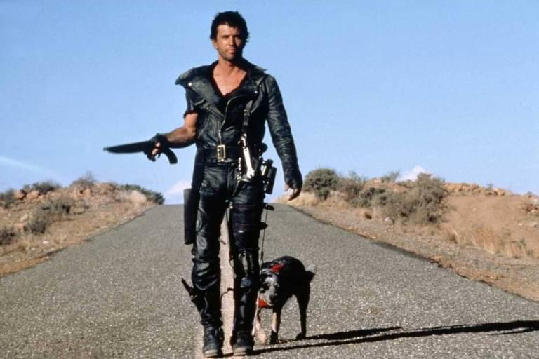 "Mel Gibson no filme ""Mad Max 2 - A Caçada Continua"""