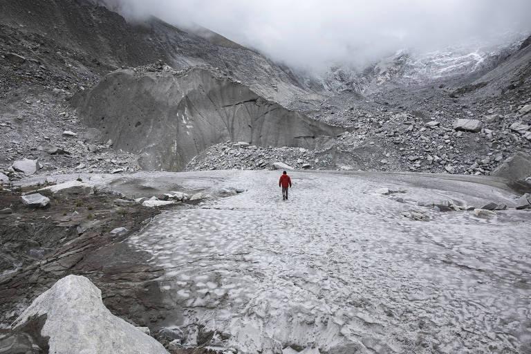 Mudanças climáticas causam impactos pelo mundo, incluindo em geleiras