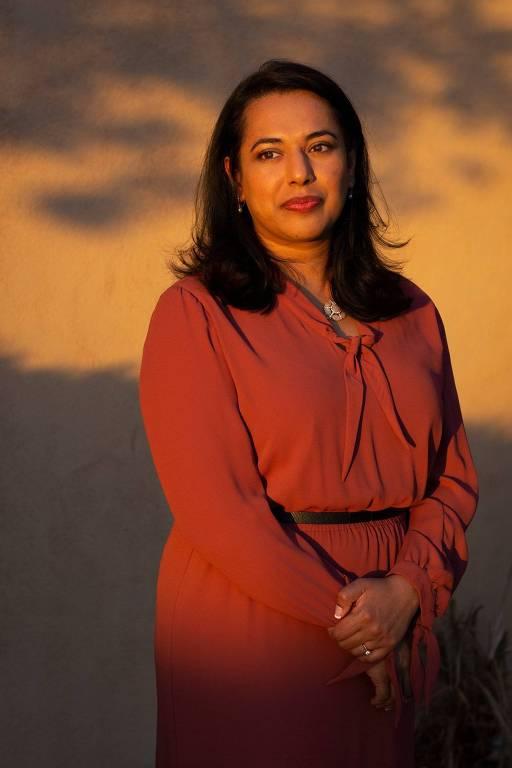 Amaal Starling, médica especialista em enxaqueca que também sofre com a doença, assim como outras mulheres de sua família