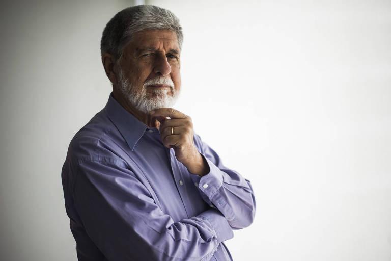 Ex-ministro Celso Amorim, que anunciou que não irá concorrer ao governo do Rio
