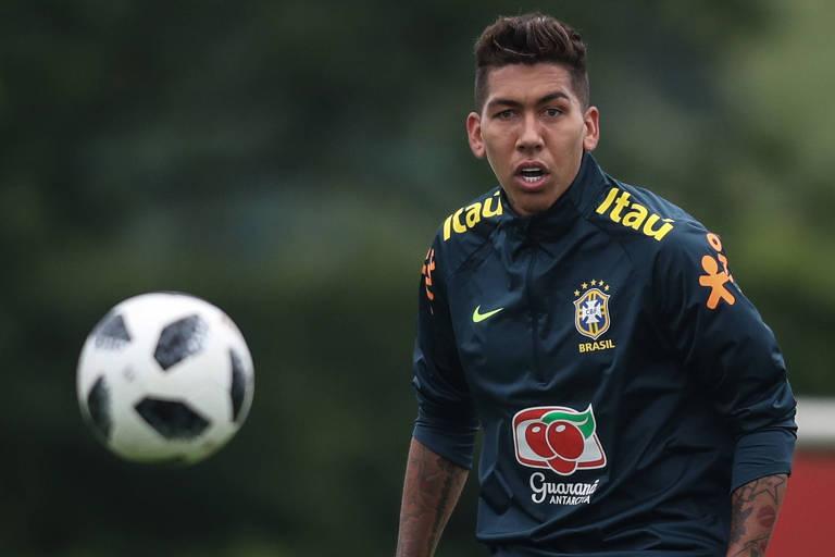 Firmino fez boa temporada pelo Liverpool e disputa vaga com Gabriel Jesus no ataque da seleção