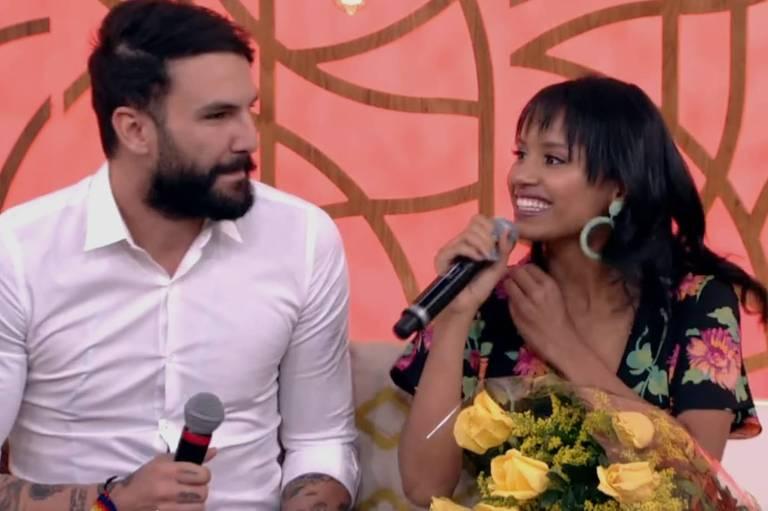 Wagner e Gleici durante participação do program 'Encontro com Fátima Bernardes', da Globo, em maio de 2018