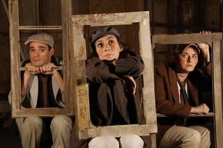 Adaptação densa de 'Oliver Twist' aborda tristezas da infância num mundo adulto