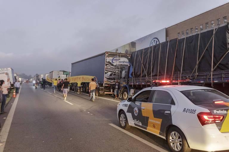 AGU autoriza uso de forças de segurança para fazer escolta de trens