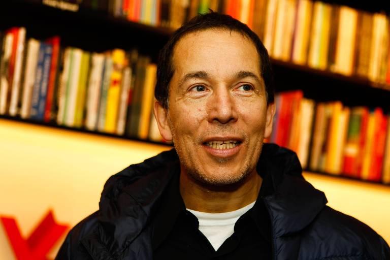 O escritor e documentarista Miguel de Almeida, em foto de 2013