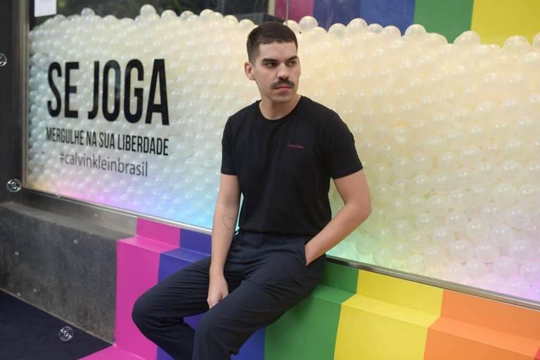 Matheus Carrilho lança primeiro clipe em carreira solo