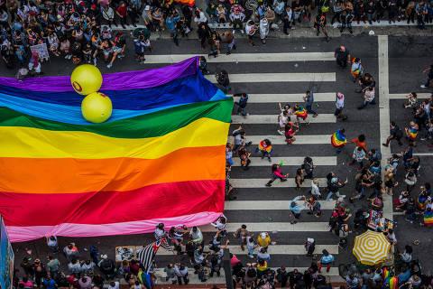 SÃO PAULO, SP, BRASIL, 03-06-2018: Movimentação na 22 edição da Parada do Orgulho LGBTQ, na Avenida Paulista. (Foto: Bruno Santos/ Folhapress) *** FSP-COTIDIANO *** EXCLUSIVO FOLHA***