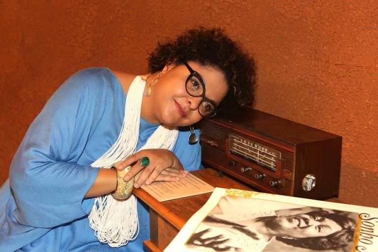 """Cantora Fabiana Cozza na """"Ocupação Dona Ivone Lara"""", no Itau Cultural, em 2015"""