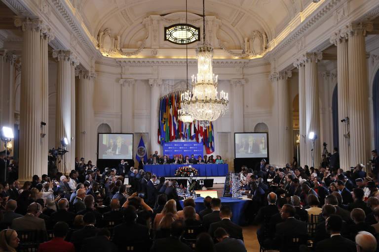 Brasil e mais 6 defendem suspensão da Venezuela na OEA