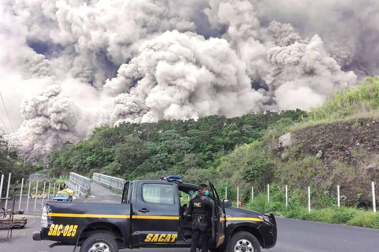 Sobe para 99 número de mortos na Guatemala após erupção do Vulcão de Fogo
