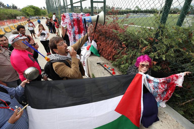 Manifestantes protestam contra amistoso da Argentina em Jerusalém