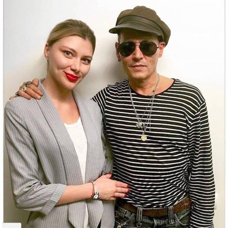 Johnny Depp chamou a atenção de todos ao surgir mais magro e com um físico frágil nos últimos dias. Mas o motivo disso pode ser um novo papel do ator no cinema, segundo revelou o jornal britânico Daily Mail. Aos 54 anos, ele interpretará um paciente terminal de câncer no drama 'Richard Says Goodbye'.