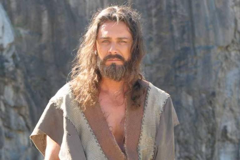 O ator Petrônio Gontijo