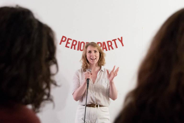Adrien Behn compartilha sua história sobre sua primeira menstruação em evento em Nova York