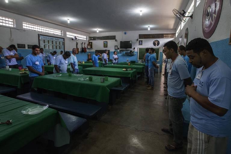 Presos em regime semiaberto em Sete Lagoas, MG
