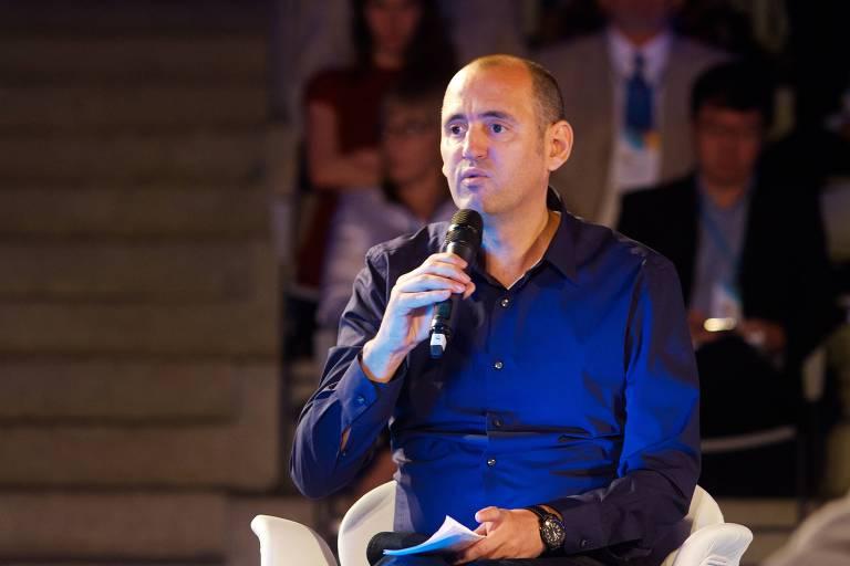 Mário Scheffer, professor da Faculdade de Medicina da USP, durante fórum promovido pela Folha em 2014
