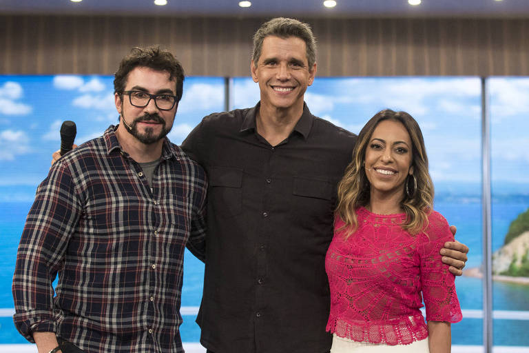 Márcio Garcia recebe as famílias do Padre Fabio de Melo e da atriz Samanta Schmutz