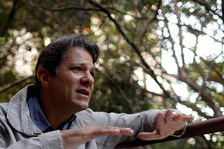 O ex-prefeito de São Paulo Fernando Haddad (PT) durante entrevista. Ele é acusado da prática de caixa dois na campanha de 2012