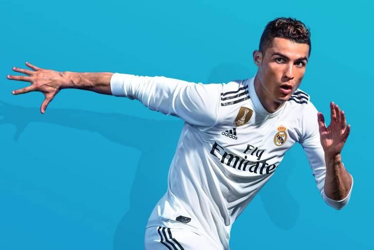 Cristiano Ronaldo ajuda a anunciar o game 'Fifa 19'