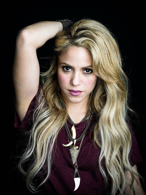 Shakira - Oficial