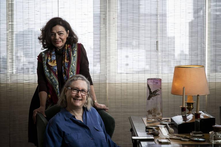 Marta Monteiro (à esq.), 64, e Veronique Forat, 61, fundadoras da Morar.com.vc, em apartamento em SP