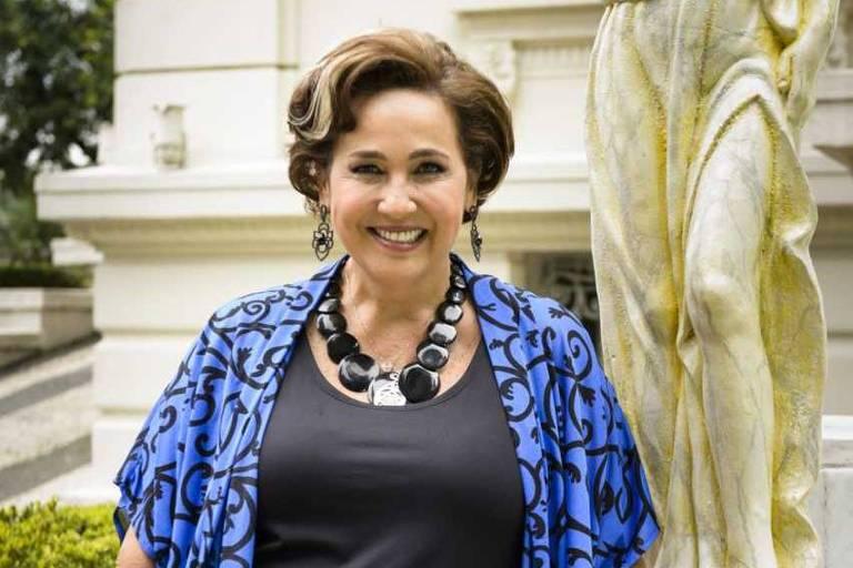 Claudia Jimenez como Lucrécia na novela 'Haja Coração'