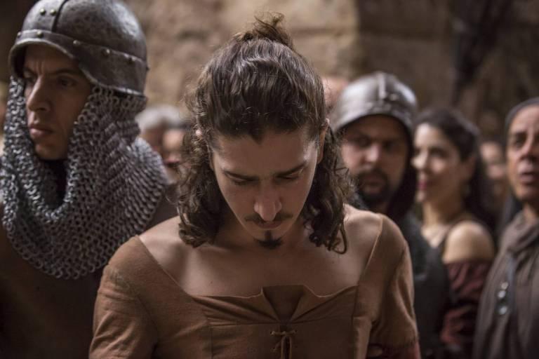 Rodolfo é preso na masmorra a mando de Afonso