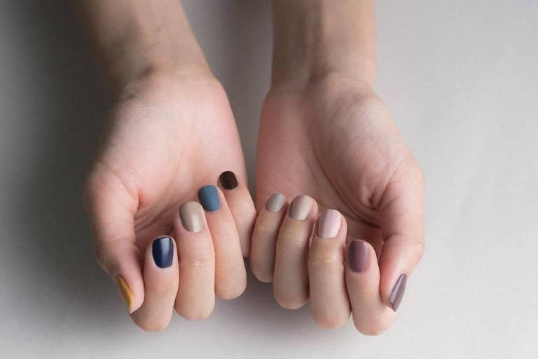Aprenda a fazer as unhas em casa