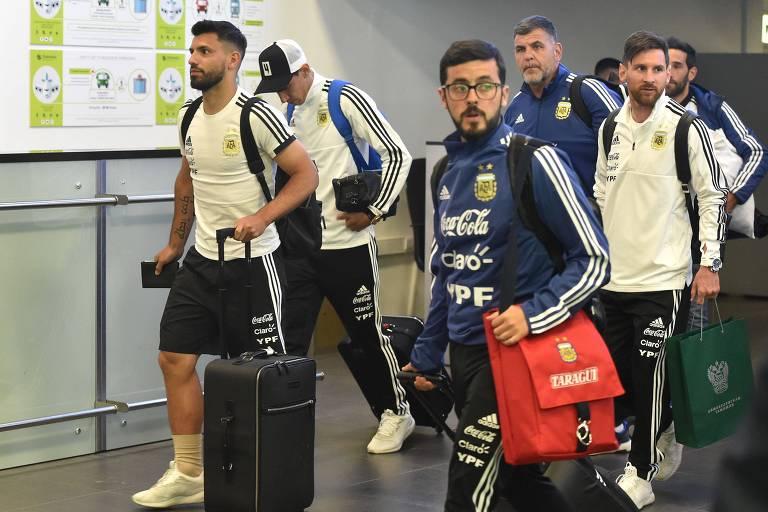 Delegação argentina chegou à Rússia carregada de mate para atletas e comissão técnica
