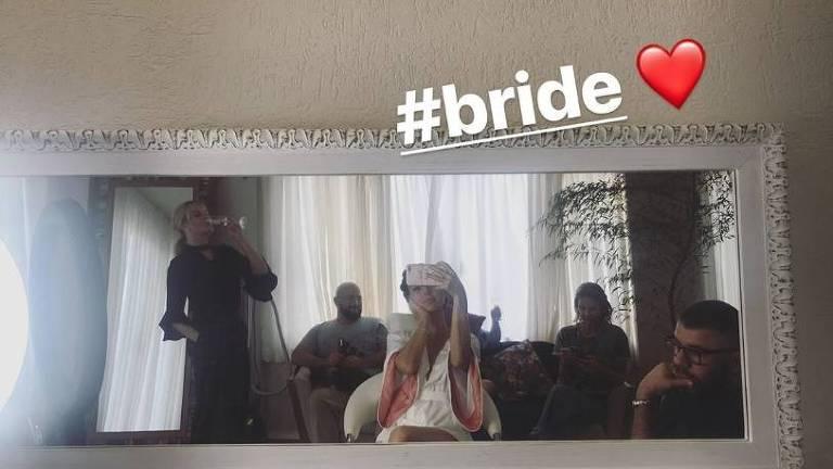 Isis Valverde se prepara para seu casamento