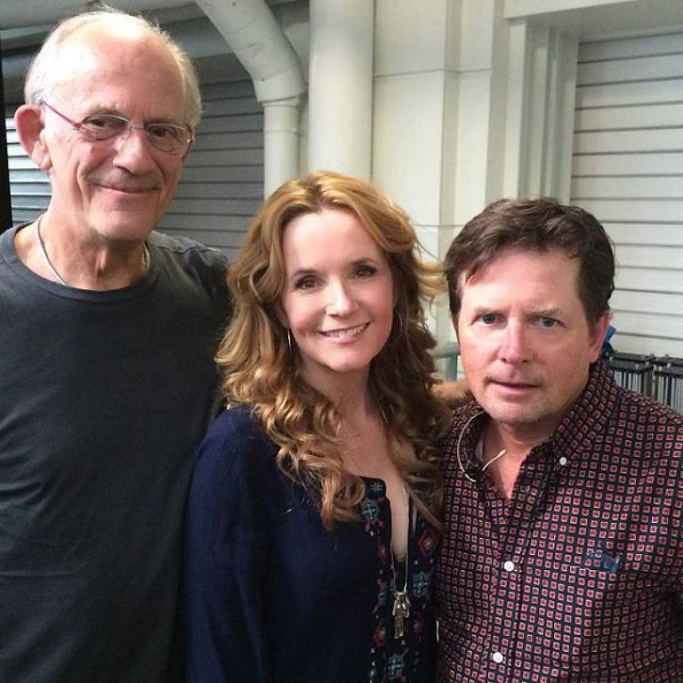 Christopher Lloyd, Lea Thompson e Michael J. Fox na Comic Con de Londres, em 2015