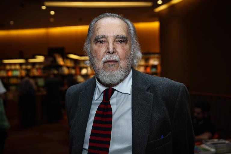 Jorge da Cunha Lima, vice-presidente do Conselho Curador da TV Cultura, em lançamento de livro em SP