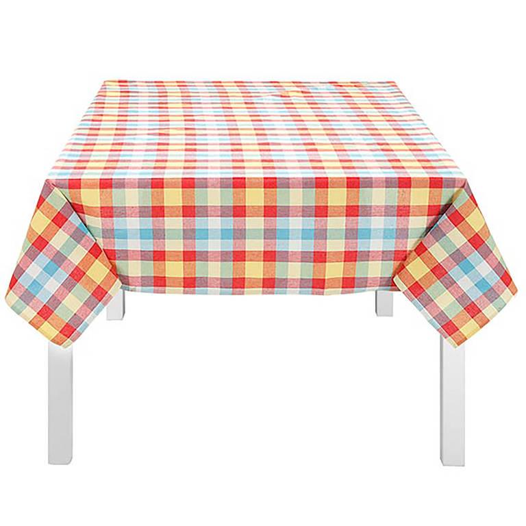 Toalha de mesa xadrez (R$ 55,50, na Tok Stok; tokstok.com.br)