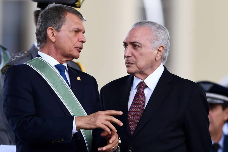 O presidente Michel Temer ao lado do então ministro interino Joaquim Silva e Luna durante evento em Brasília