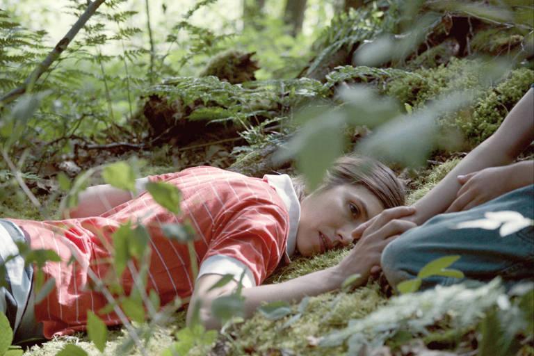 Miriam Jakob em 'O Caminho dos Sonhos', filme da alemã Angela Schanelec