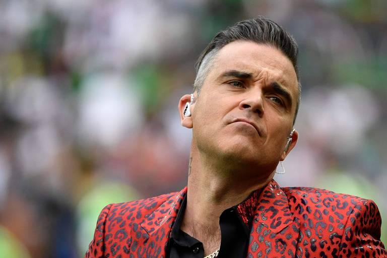 O cantor Robbie Williams durante a cerimônia de abertura da Copa do Mundo da Rússia