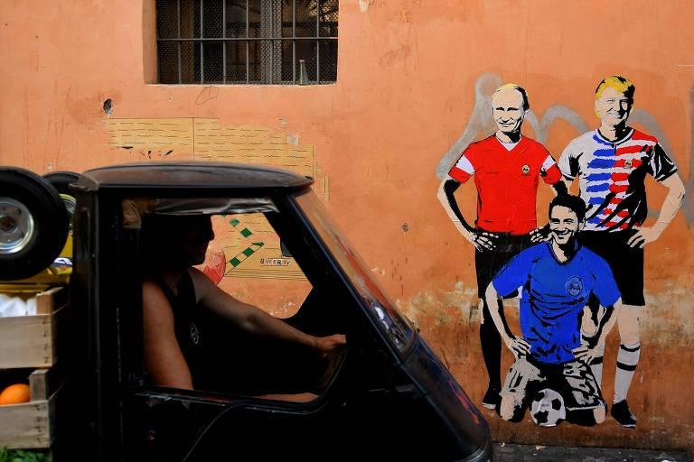 6ffbc8404a Grafite em Roma mostra os presidentes de Rússia