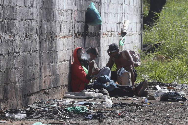Usuários de drogas na região de Sapopemba, zona leste de São Paulo