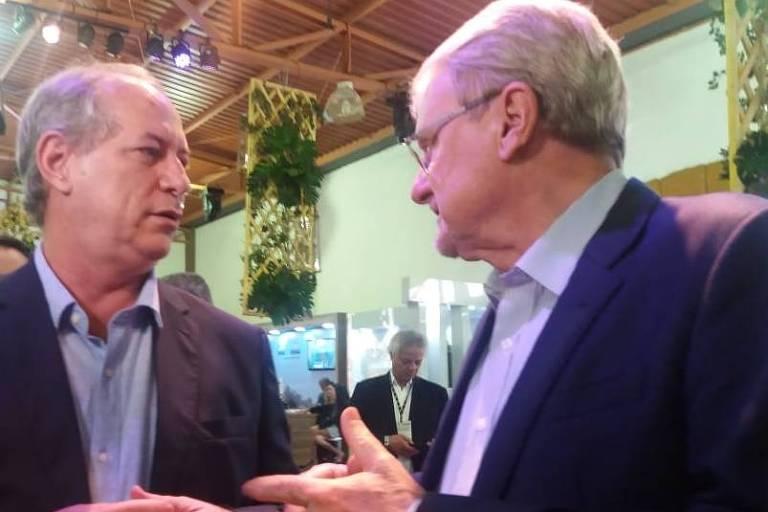 Ciro Gomes falando com Márcio Lacerda