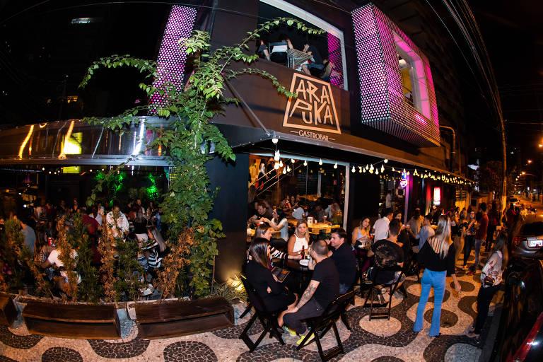 Bares e restaurantes novos em Santos