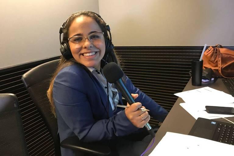 Isabelly Morais, primeira mulher a narrar um jogo da Copa na TV brasileira