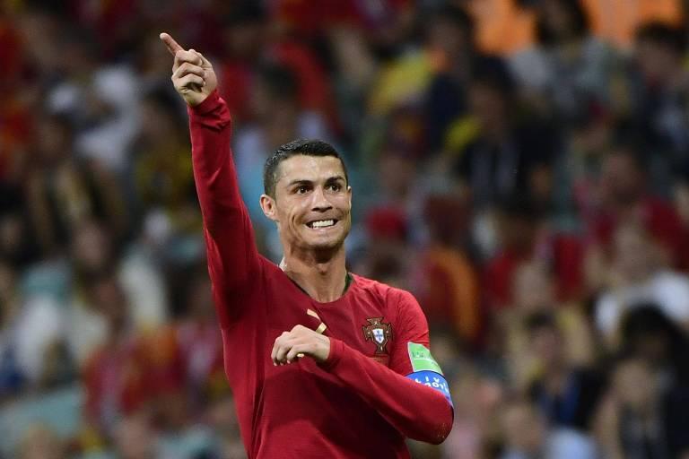 Cristiano Ronaldo marcou três gols no empate por 3 a 3 entre Portugal e Espanha