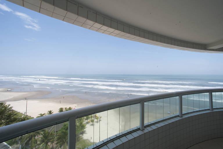 Praia do Balneário Maracanã vista da varanda do empreendimento Residencial Bela Vista, na Praia Grande