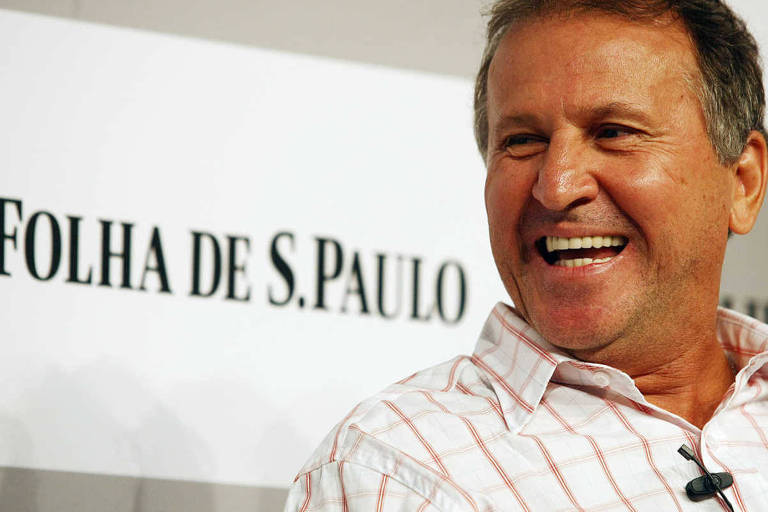Zico participa de sabatina promovida pela Folha, em abril de 2010