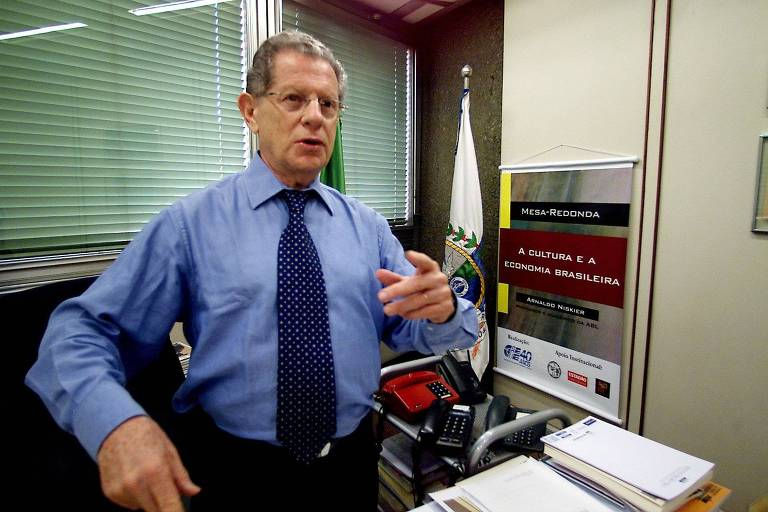 Arnaldo Niskier em 2004, quando era secretário de Cultura do Rio de Janeiro