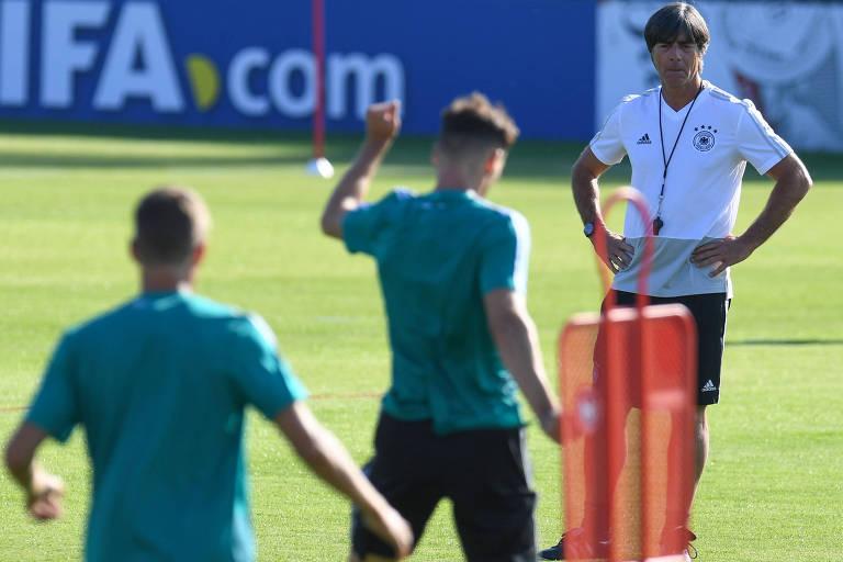 Joachim Löw buscou renovar a seleção na comparação com 2014, mas time não teve grande desempenho pré-Copa 2018