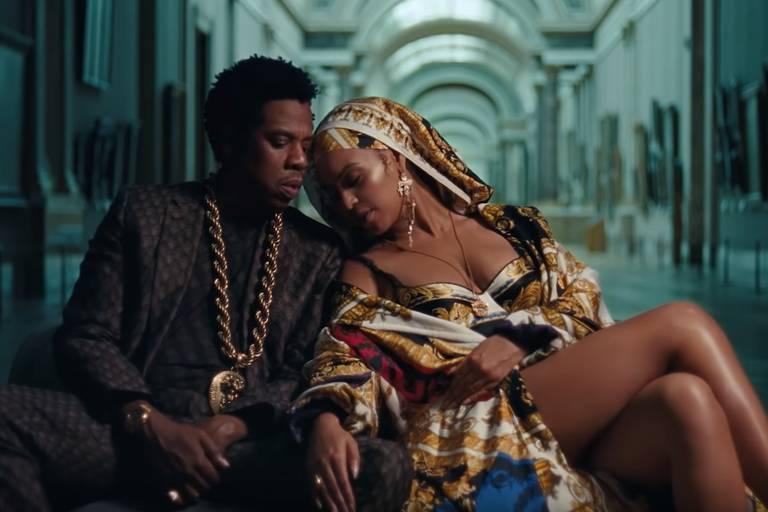 """Cena do clipe """"Apeshit"""" de Beyoncé e Jay-Z"""