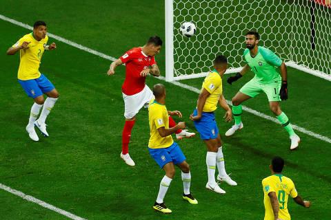 Neymar manca, Brasil tropeça e tem pior estreia em Mundiais em 40 anos